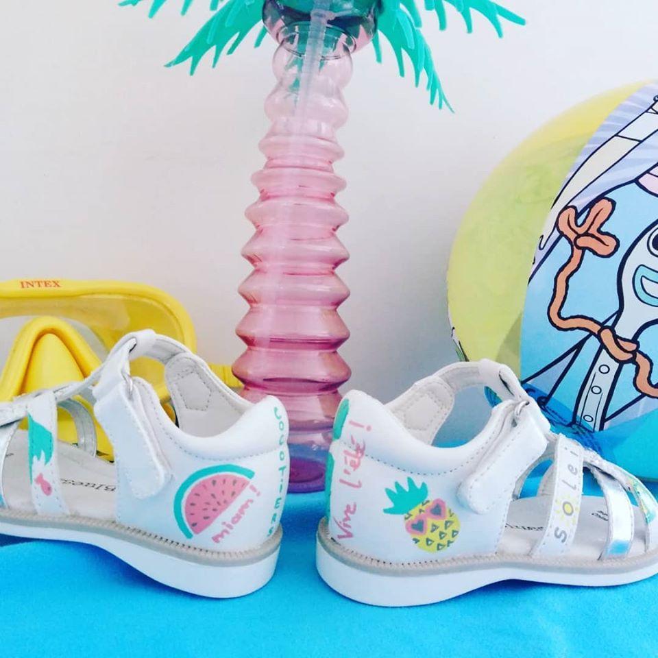 Sandales après